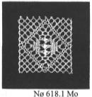 Mo  1